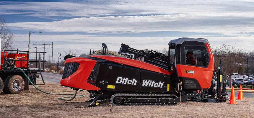 Boost your Productivity with the New Ditch Witch AT32 All Terrain Directional Drill