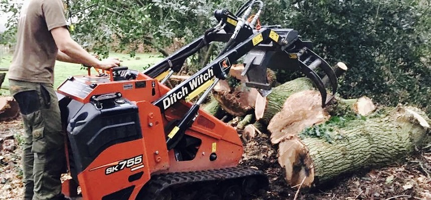 Carefell Tree Surgery Saves Manpower and Improves Productivity with Ditch Witch SK755